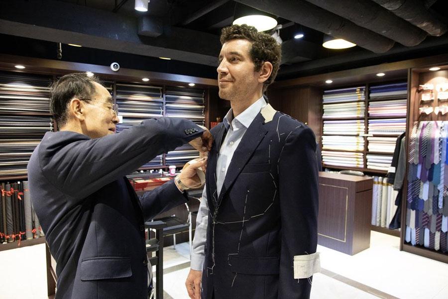 Menjahit Baju atau Pakaian Sendiri